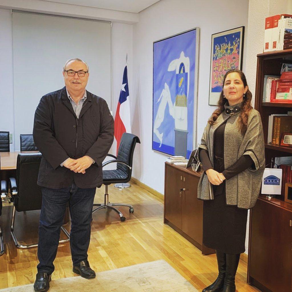 En la foto: Sr. Leopoldo López y la Sra. Romina León Santos